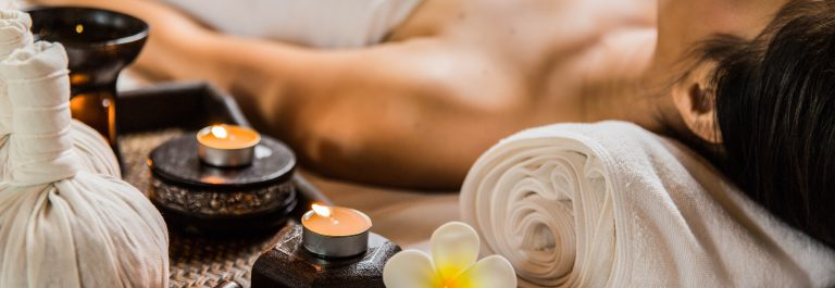 candle-in-the-spa-and-wellness-shutterstock_268505267-2