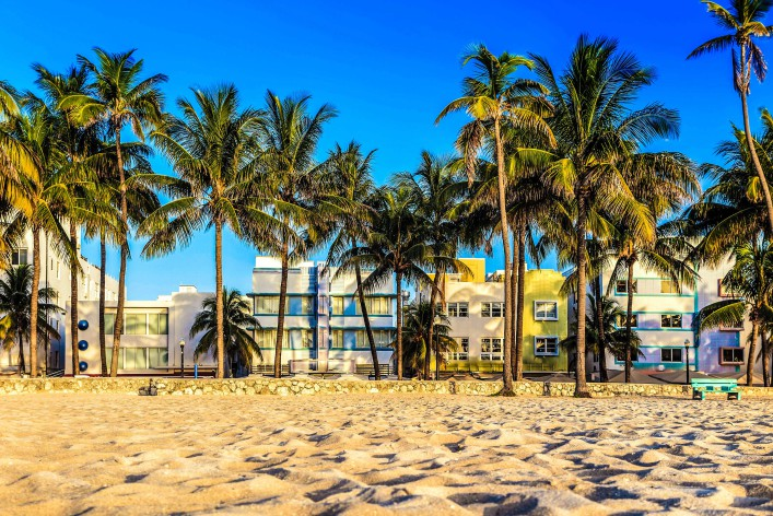 miami-beach-florida-hotels-and-restaurants-at-twilight-on-ocean-istock_000057288262_large-2-2-707x472