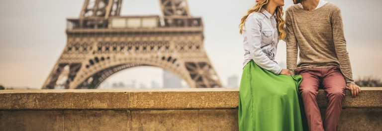 Couple-in-Love-paris-iStock_000066489557_Large_1920x1280
