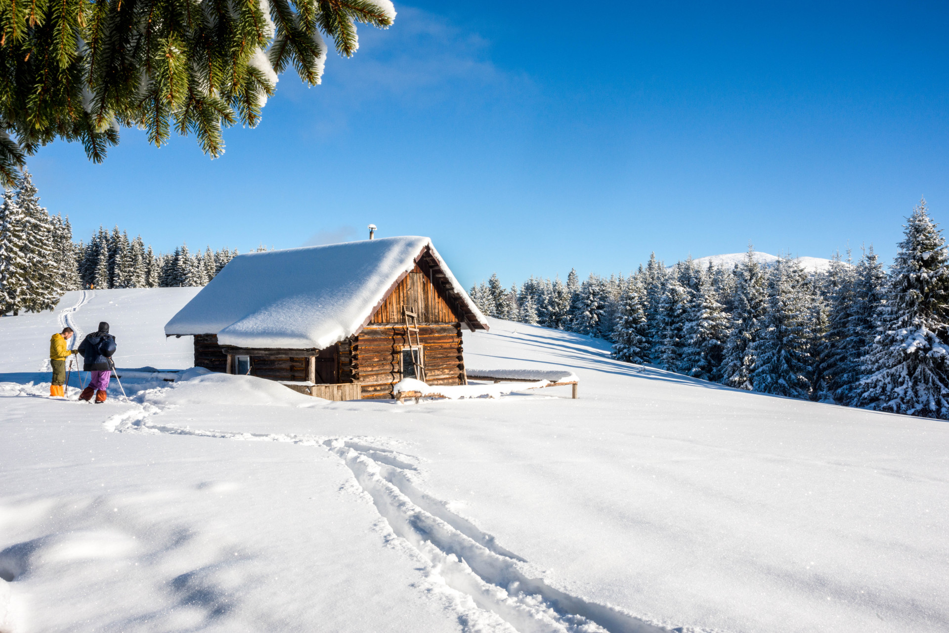 clear-and-sunny-winter-day-shutterstock_343073753-2-e1485534032190