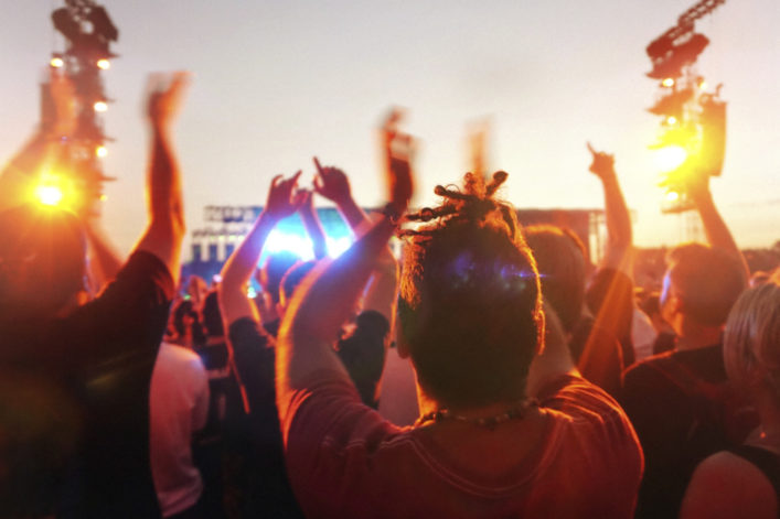music-concert-and-crowd-istock_000045504088_large-e1460041503469