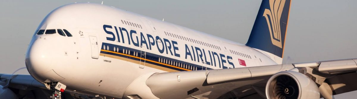 Flugzeug-von-Singapore-Airlines-EDITORIAL-ONLY-Flightlevel80-iStock-458309911