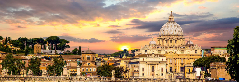 View of Basilica di San Pietro in Vatican Rome Italy iStock_000042837560_Large-2