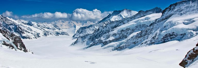 Mountain-Mountain-Range-Winter-European-Alps-Switzerland-iStock-485487080-2