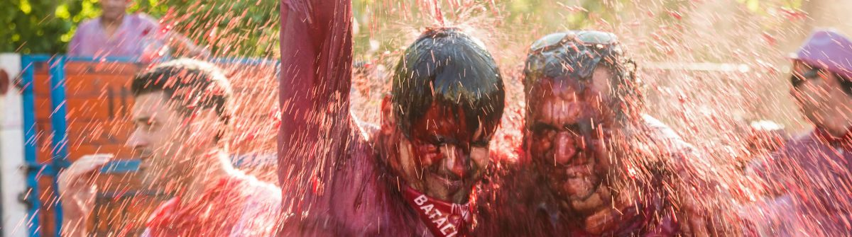 wet-men-during-haro-wine-festival-batalla-del-vino-shutterstock_203769925-editorial-only-iakov-filimonov-2