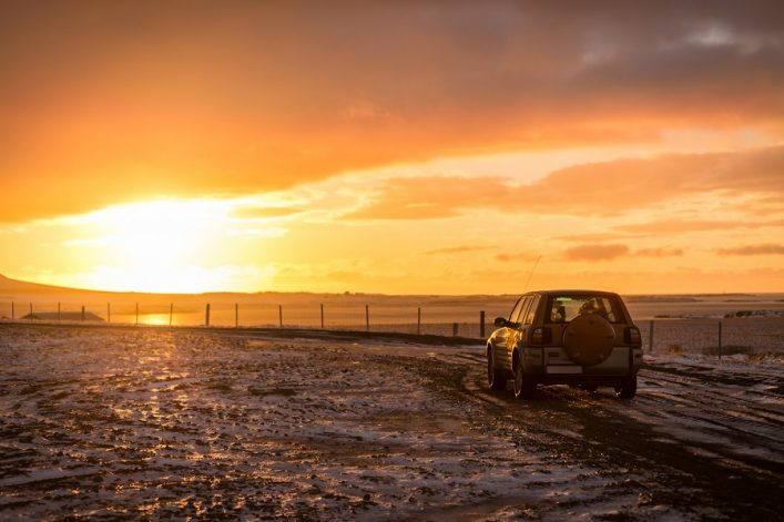 Iceland_car_sunset_513236560