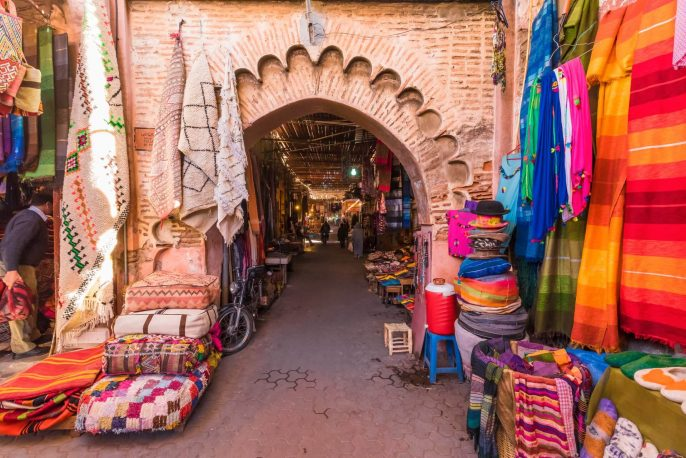 Souvenirs-on-the-old-arabic-market-Image-shutterstock_1116613160