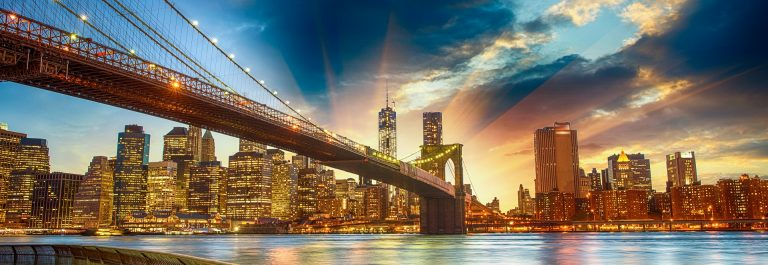 Manhattan-New-York-City-shutterstock_152077328