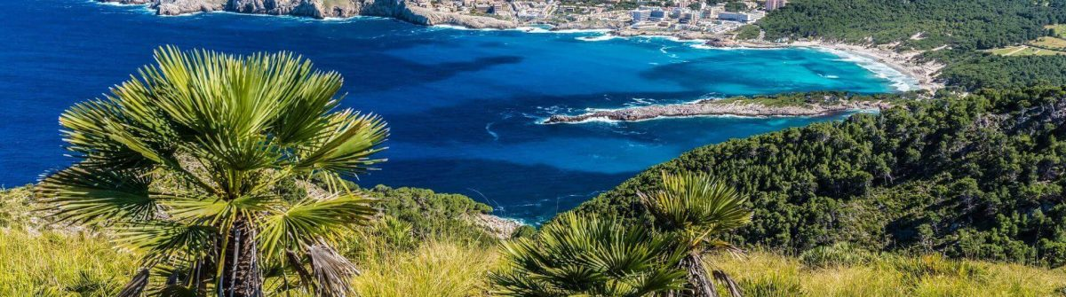 Cala-Agulla-and-beautiful-coast-at-Cala-Ratjada-of-Mallorca-Spain-shutterstock_432078658