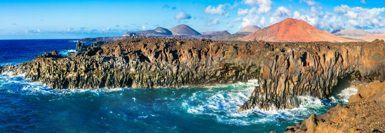 Impressive-Los-Hervideros-lavas-caves-in-Lanzarote-island-popular-touristic-attraction-Canary-islands_573601732