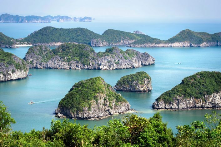 View-of-Halong-Bay-North-Vietnam.-shutterstock_309596708