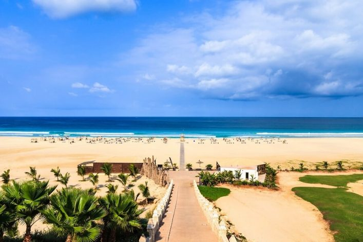 beautiful-view-on-beach-and-ocean-boavista-cape-verde-istock_000055797864_large-2-1