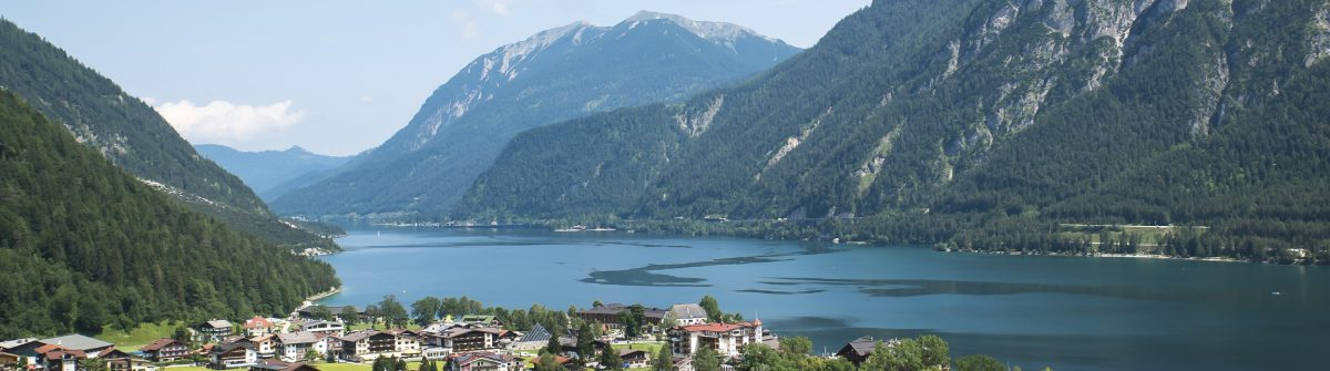 Achensee-iStock_000082291079_Large
