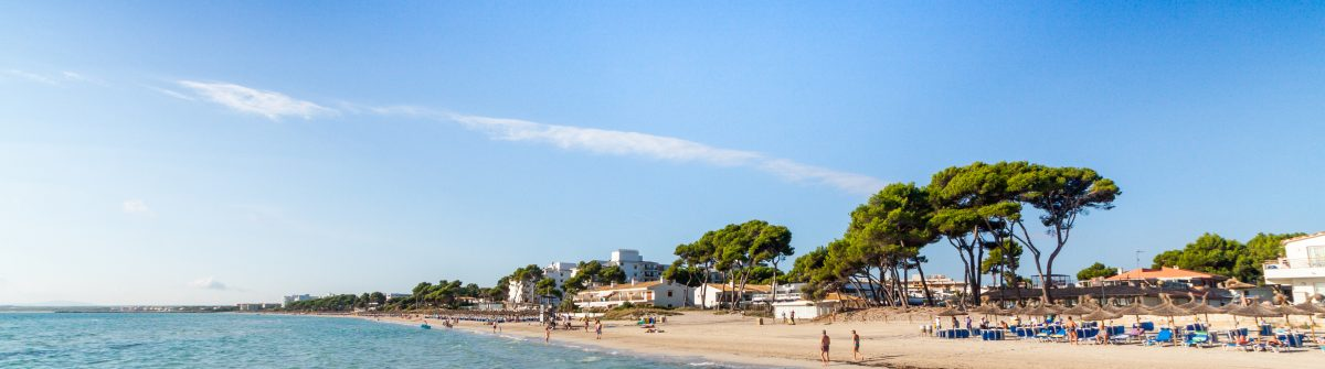 Alcudia-Beach-Mallorca-Balearic-Islands-Spain-shutterstock_157484990