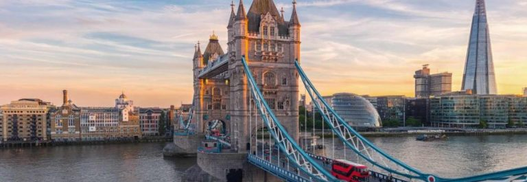Tower-Bridge-in-London-the-UK.-Sunset-with-beautiful-clouds_shutterstock_651736369