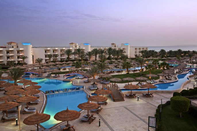 HG-IBE_Long-Beach-Resort-Hurghada-1