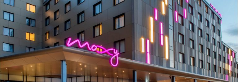 HE Moxy London Heathrow Airport