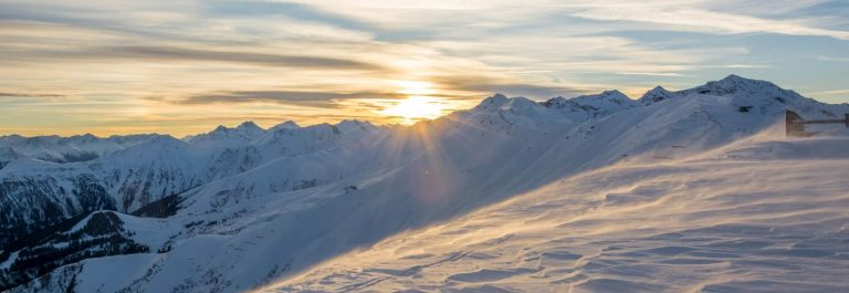 sunset_serfaus_snow_shutterstock_78491912_1920