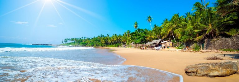 Sri_Lanka_tropical_beach_shutterstock_110741981