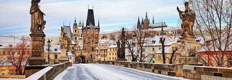 Empty-winter-Charles-Bridge-Prague-iStock-638154658_1920x1280