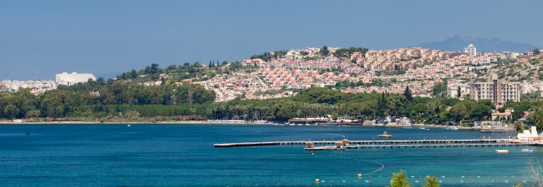 Aegean-coast-Recreaiton-area-and-beach_shutterstock_109049780