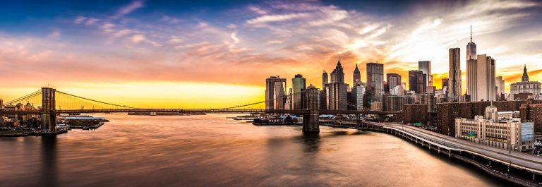 Brooklyn-Bridge-panorama-at-sunset-iStock_74590085