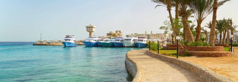 Scenery-of-Hurghada-Marina-in-Egypt_shutterstock_136788443