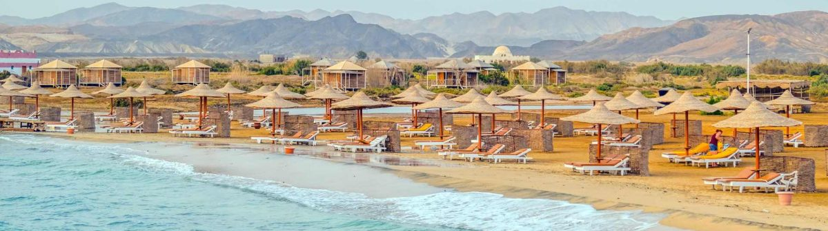 Beach-in-resort-in-Marsa-Alam-Egypt_shutterstock_401168089
