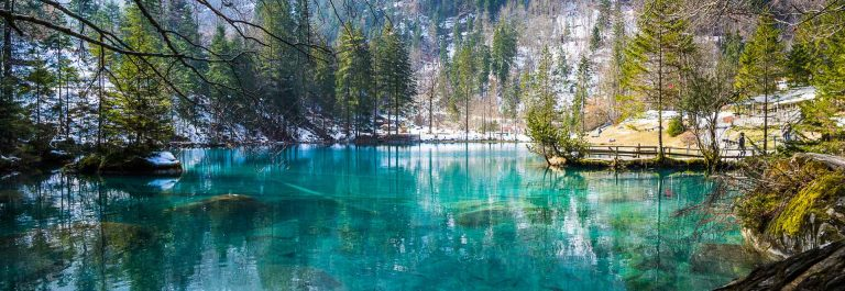 Blausee-Winter-in-Switzerland_shutterstock_389811910