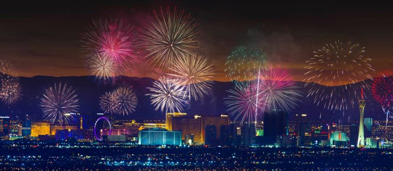 Las_Vegas_Firework_Strip_Night_Lights_New_Year_iStock-815857368