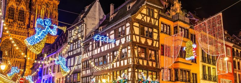 Buildings-near-Strasbourg-Cathedral-before-Christmas-France-shutterstock_355233524-2