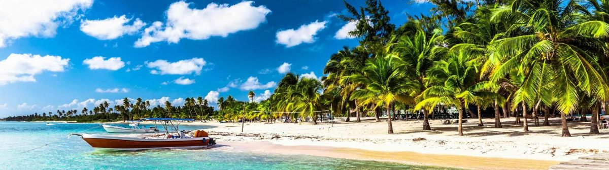 Caribbean-beach-in-Dominican-Republic-Punta-Cana-iStock_000079998869_Large-2