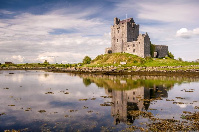 Dunguaire-Castle-reflection-in-Kinvara-shutterstock_173461256_1920