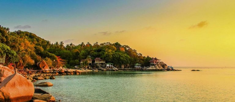 Koh-Tao-Koh-Tao-is-an-island-in-the-Gulf-of-Thailand.-In-the-province-of-Surat-Thani_676622842