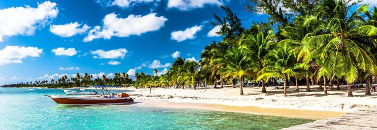 Caribbean-beach-in-Dominican-Republic-Punta-Cana-iStock_000079998869_1920